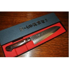 Santoku - Damascus steel with Hammertone finish 180mm